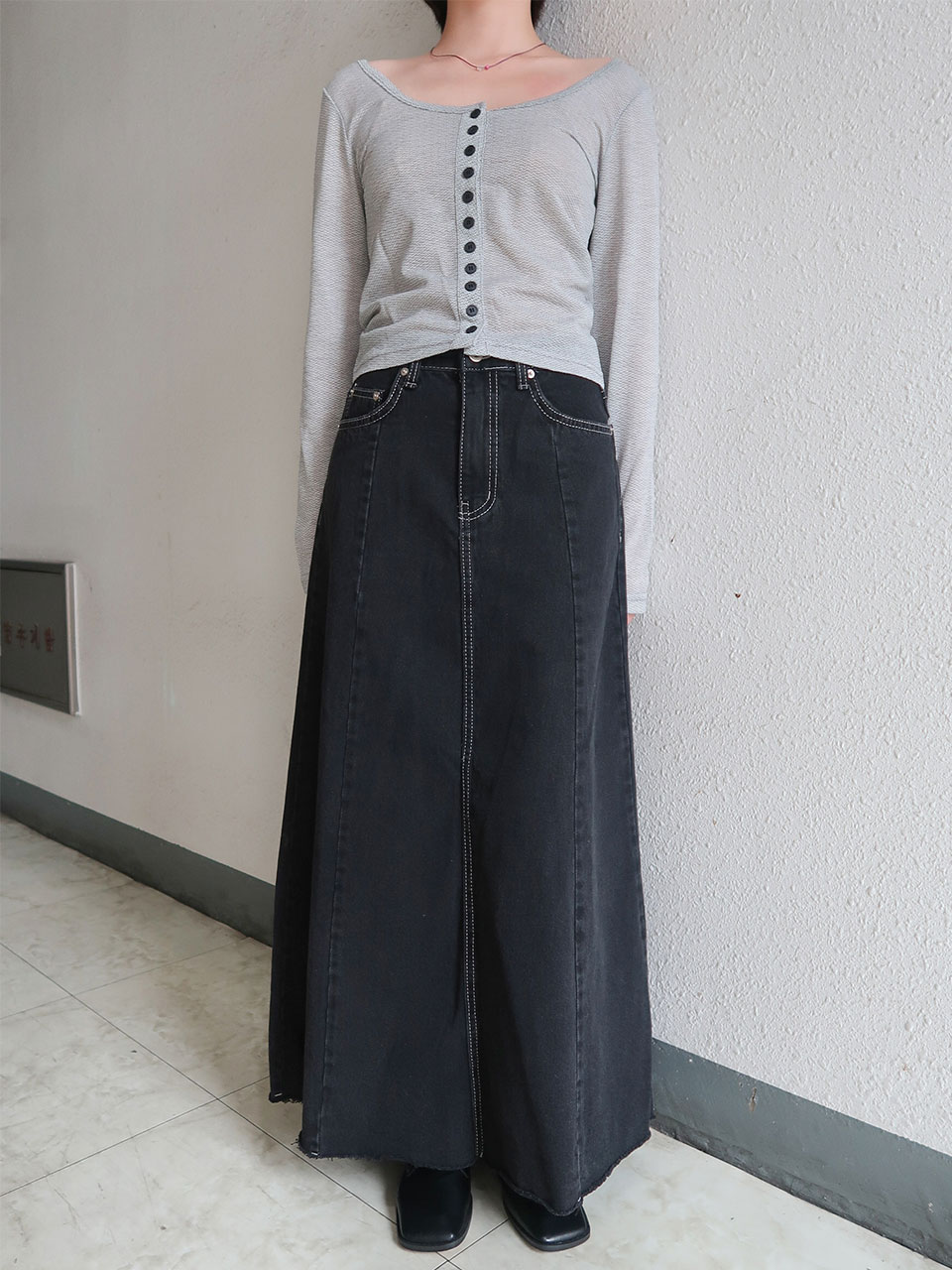 모델 소장♡ panel stitch denim skirt